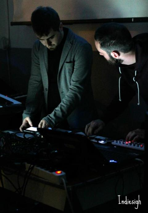 FLeUR - Duo elettronico
